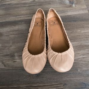 Lucky Brand Cream Beige Ballet Flats 9.5